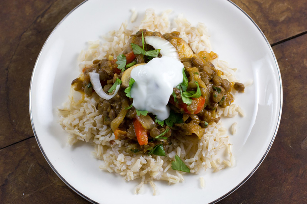 Curried Green Lentils with Mushrooms and Red Peppers