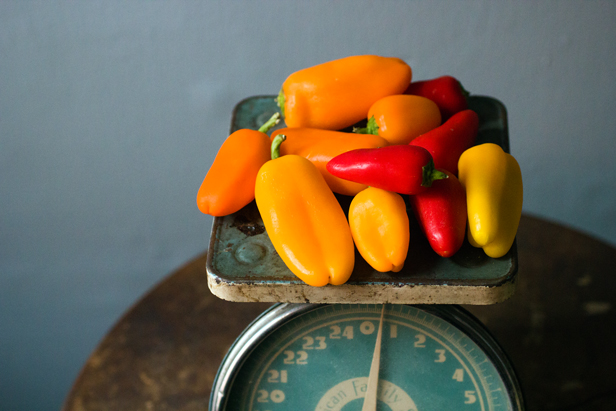 weighing mini sweet peppers